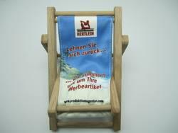 produktionsagentur hertlein news mini holz liegestuhl single. Black Bedroom Furniture Sets. Home Design Ideas